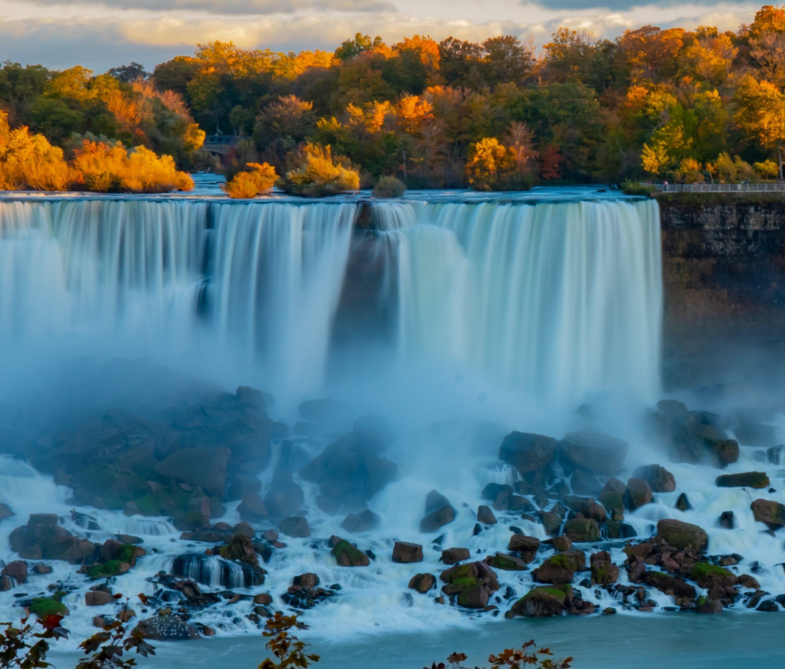 niagara falls-unsplash
